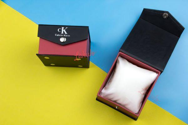 Kotak jam tangan Lakulo